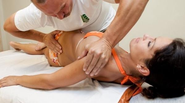 Поможет ли мануальная терапия при грыже